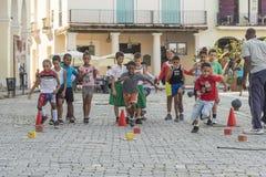 Παιδιά που έχουν το αθλητικό μάθημα Αβάνα Στοκ εικόνες με δικαίωμα ελεύθερης χρήσης