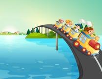Παιδιά που οδηγούν το τραίνο πέρα από τη γέφυρα διανυσματική απεικόνιση