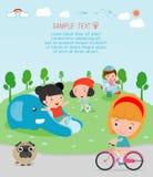 Παιδιά στην παιδική χαρά, χρόνος παιδιών στο άσπρο υπόβαθρο, παιδιά που παίζει στην παιδική χαρά Στοκ φωτογραφία με δικαίωμα ελεύθερης χρήσης