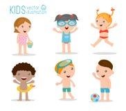 Παιδιά στην παραλία, παιδιά που παίζουν έξω Στοκ Εικόνες