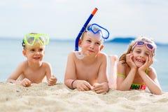 Παιδιά στην παραλία Στοκ Εικόνα