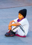Παιδιά συνεδρίασης Στοκ εικόνες με δικαίωμα ελεύθερης χρήσης