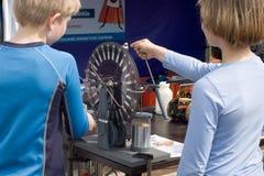 Παιδιά τη γήινη ημέρα Στοκ Εικόνες
