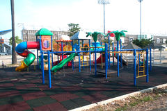 Παιδική χαρά στο δημόσιο πάρκο Στοκ εικόνες με δικαίωμα ελεύθερης χρήσης