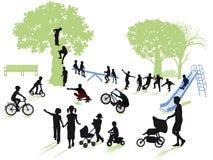 Παιδική χαρά στο πάρκο ελεύθερη απεικόνιση δικαιώματος