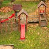 Παιδική χαρά playpark στην εποχή φθινοπώρου πτώσης Στοκ εικόνες με δικαίωμα ελεύθερης χρήσης