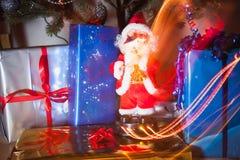 Πακέτα Santa και δώρων Στοκ Φωτογραφίες