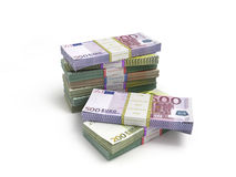Πακέτο των ευρο- τραπεζογραμματίων που απομονώνονται στο λευκό Στοκ εικόνα με δικαίωμα ελεύθερης χρήσης