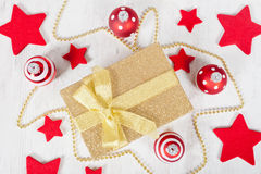 πακέτο δώρων Χριστουγέννω&n Στοκ Εικόνα