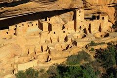 Παλάτι απότομων βράχων σε αργά το απόγευμα, εθνικό πάρκο Mesa Verde, Κολοράντο στοκ εικόνες