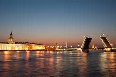 παλάτι γεφυρών Στοκ φωτογραφία με δικαίωμα ελεύθερης χρήσης