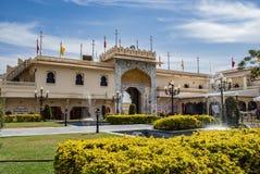 Παλάτι πόλεων Udaipur εισόδων στην Ινδία στοκ εικόνες