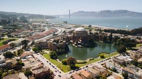Παλάτι των ορόσημων Καλών Τεχνών στον εναέριο πυροβολισμό του Σαν Φρανσίσκο Στοκ εικόνα με δικαίωμα ελεύθερης χρήσης