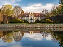 Παλάτι Abbots στο στυλ ροκοκό ύφος και τοποθετημένος στο πάρκο Oliwa Γντανσκ, Πολωνία στοκ εικόνα