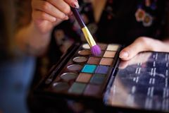 Παλέτα εκμετάλλευσης καλλιτεχνών Makeup Στοκ Εικόνες
