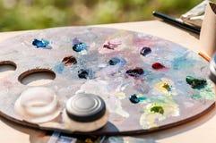 Παλέτα με τα μικτά χρώματα Στοκ Φωτογραφία