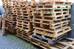 παλέτα ξύλινη στοκ εικόνες με δικαίωμα ελεύθερης χρήσης