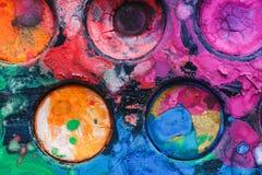 Παλέτα Watercolor με τα μικτά χρώματα Στοκ εικόνα με δικαίωμα ελεύθερης χρήσης