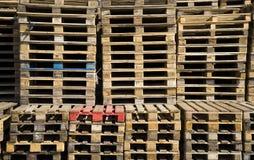 παλέτες ξύλινες Στοκ Εικόνες