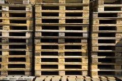 παλέτες ξύλινες Στοκ Φωτογραφίες