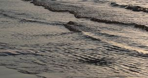 Παλίρροια της θάλασσας το βράδυ φιλμ μικρού μήκους