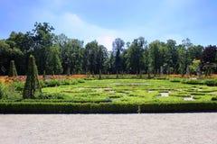 Παλαιά αγάλματα κήπων κοντά στο παλάτι Wilanow, Πολωνία Στοκ Εικόνα
