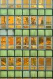 Παλαιά βρώμικη ανασκόπηση Windows Στοκ Εικόνες