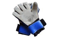 Παλαιά γάντια τερματοφυλακάων τοπ άποψης και καταστρεμμένος, απομονωμένος στο άσπρο υπόβαθρο με το ψαλίδισμα της πορείας στοκ φωτογραφία