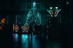 Παλαιά διακόσμηση πόλης Χριστουγέννων Opole, σκιαγραφίες στοκ φωτογραφία