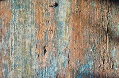Παλαιά επιφάνεια ξύλινων χρωματισμένη και αποφλοίωσης Στοκ φωτογραφία με δικαίωμα ελεύθερης χρήσης