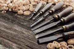 Παλαιά εργαλεία γλυπτικής και ξυλουργικής Στοκ Φωτογραφίες