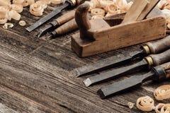 Παλαιά εργαλεία γλυπτικής και ξυλουργικής Στοκ φωτογραφία με δικαίωμα ελεύθερης χρήσης