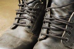 παλαιά εργασία σκουριάς μποτών Στοκ εικόνες με δικαίωμα ελεύθερης χρήσης