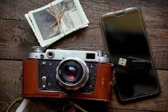Παλαιά και νέα τεχνολογία, νοσταλγία, nostalgy για τους παλαιούς χρόνους στοκ φωτογραφία με δικαίωμα ελεύθερης χρήσης