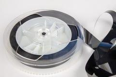 Παλαιά κασέτα VHS με την ξετυλιγμένη ταινία Χαλασμένο μέσο στοιχείων για παλαιό στοκ εικόνα με δικαίωμα ελεύθερης χρήσης