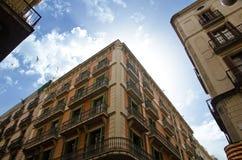 Παλαιά κτήρια της οδού Carrer de Ferran στη Βαρκελώνη Στοκ Εικόνες