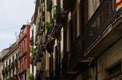 Παλαιά κτήρια της οδού Carrer de Ferran στη Βαρκελώνη Στοκ φωτογραφία με δικαίωμα ελεύθερης χρήσης