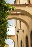 Παλαιά κωμόπολη archs στη μεσαιωνική πόλη Olomouc Στοκ Εικόνες