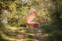 Παλαιά κόκκινη σιταποθήκη Στοκ φωτογραφίες με δικαίωμα ελεύθερης χρήσης