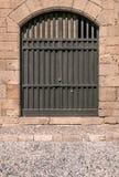 Παλαιά μαύρη μεσαιωνική παλαιά σύσταση πορτών κάστρων Στοκ Εικόνες