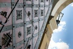 Παλαιά μεσαιωνική πύλη Στοκ φωτογραφίες με δικαίωμα ελεύθερης χρήσης