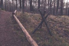 παλαιά ξύλινα trenshes στη Λετονία - εκλεκτής ποιότητας αναδρομική επίδραση Στοκ Εικόνα