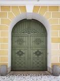 Παλαιά ξύλινη πράσινη πόρτα Στοκ Εικόνα