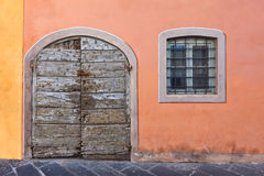 Παλαιά ξύλινη πόρτα Στοκ Φωτογραφίες