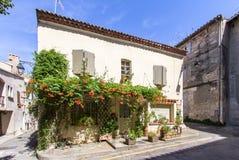 Παλαιά οδός σε Arles, Γαλλία Στοκ φωτογραφία με δικαίωμα ελεύθερης χρήσης