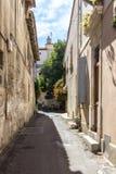 Παλαιά οδός σε Arles, Γαλλία Στοκ φωτογραφίες με δικαίωμα ελεύθερης χρήσης