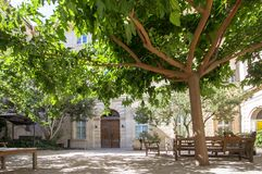 Παλαιά οδός σε Arles, Γαλλία Στοκ Εικόνες