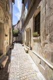 Παλαιά οδός σε Arles, Γαλλία Στοκ Φωτογραφία