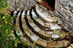 παλαιά πέτρα σκαλών σειράς της Ιταλίας Στοκ φωτογραφίες με δικαίωμα ελεύθερης χρήσης