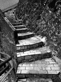 παλαιά πέτρα σκαλών Στοκ φωτογραφίες με δικαίωμα ελεύθερης χρήσης